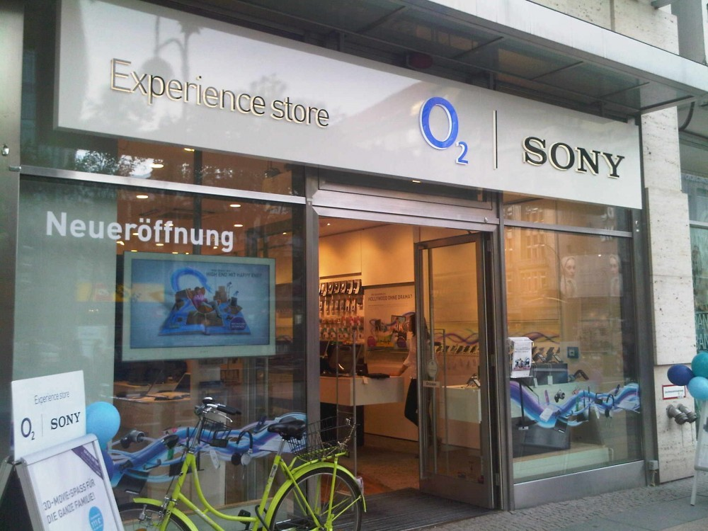 Germania: schermi digitali per promuovere la telefonia