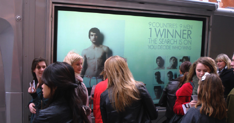 Calvin Klein: la campagna digital a Londra