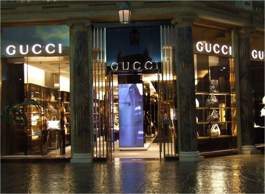 Usa, digital signage nello store di Gucci