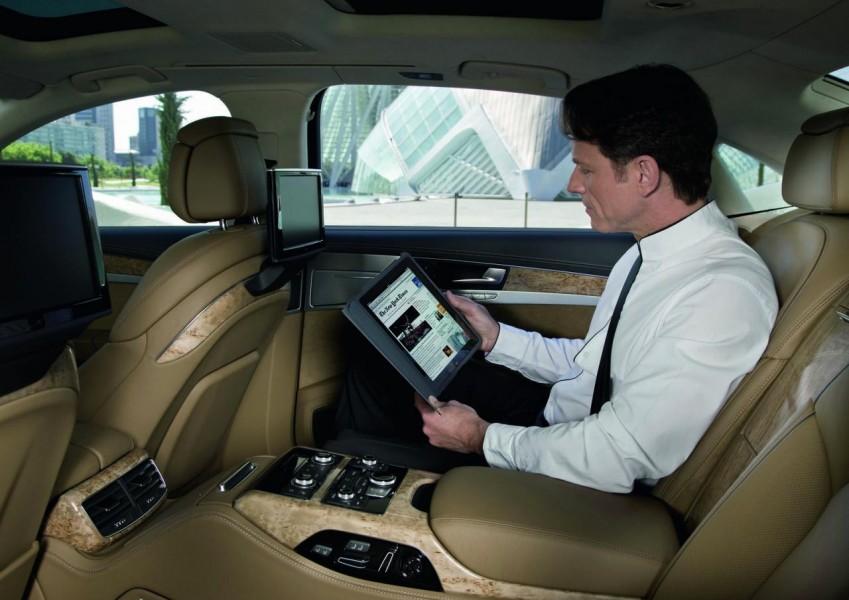 Audi A8: con il Wi-Fi diventa un ufficio mobile