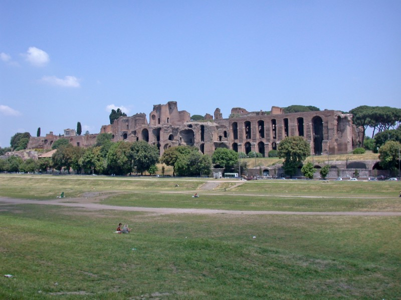 Roma: area Wi-Fi al Circo Massimo per la giornata delle Forze Armate
