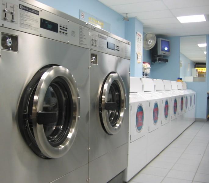 Bucato e Facebook, lavanderia online