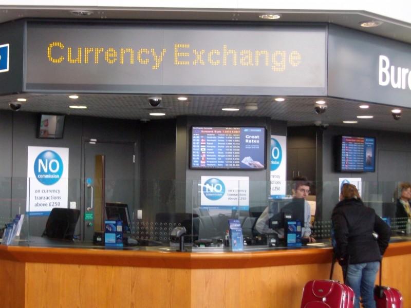 Regno Unito: display digitali per l'ufficio cambio