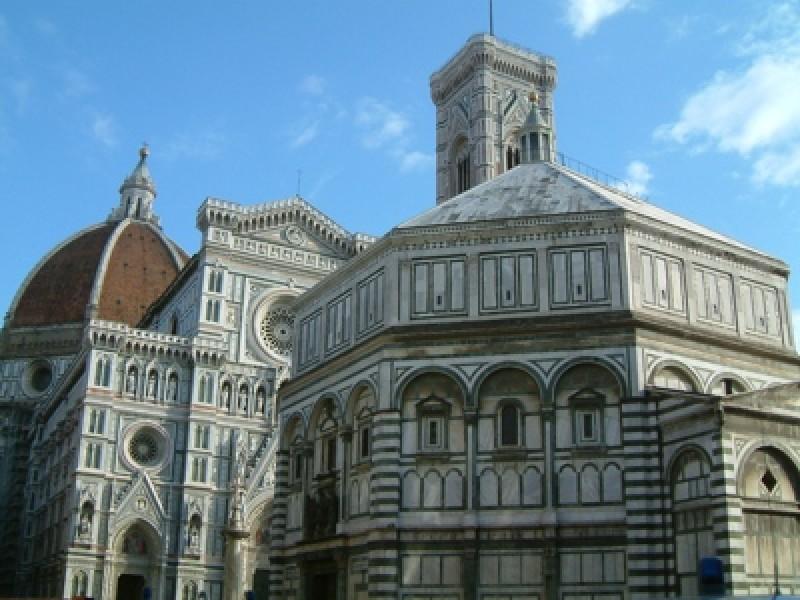 Wi-Fi gratis in 10 piazze di Firenze