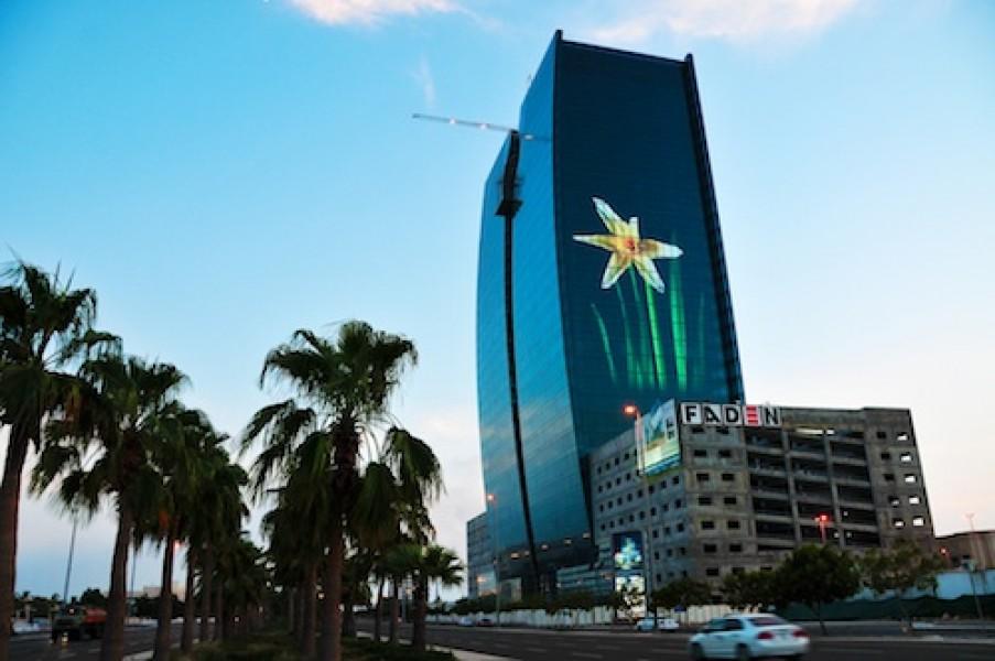 Arabia Saudita: inaugurata la più grande facciata LED al mondo