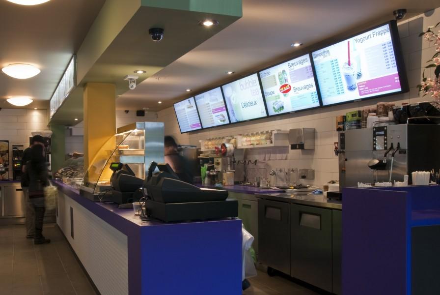 Canada: menu Board digitale al fast food Vua di Montreal
