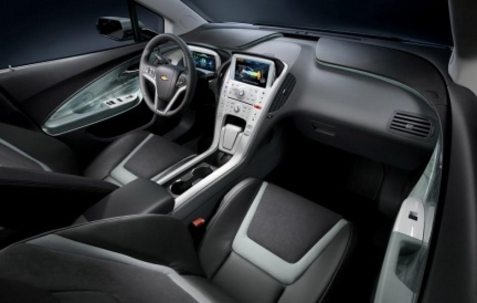 Chevrolet Volt: ricarica wireless per lo smartphone