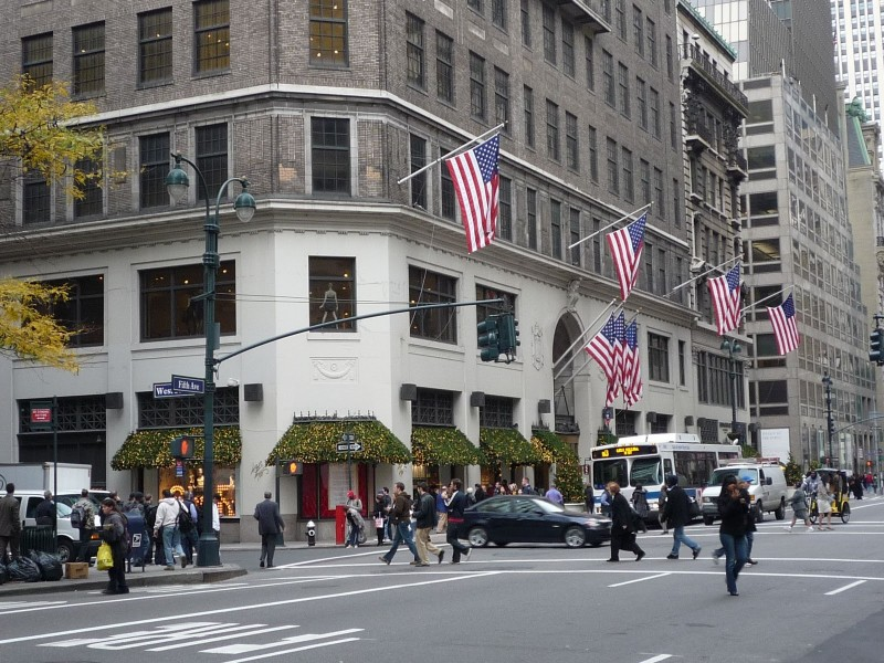 USA: digital media nel flagship Lord & Taylor di New York