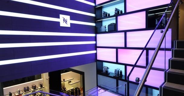 """Parigi: Flagship Nespresso e la """"Deco Signage"""""""