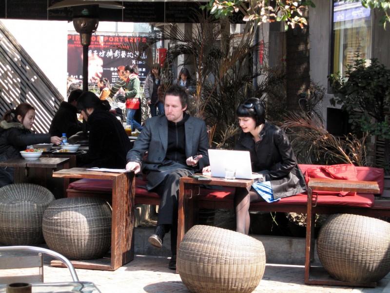 Wi-Fi e caffè, addio pranzi di lavoro gli affari oggi si fanno a colazione