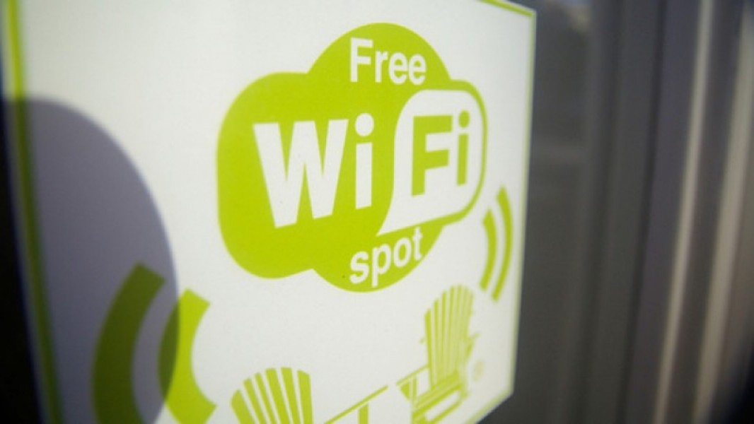 Wired porta Wi-Fi libero in Piazza Cadorna a Milano