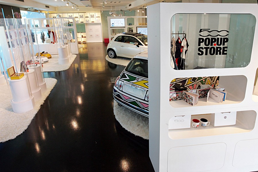 "A Milano apre ""Fiat 500 Pop Up Store"""