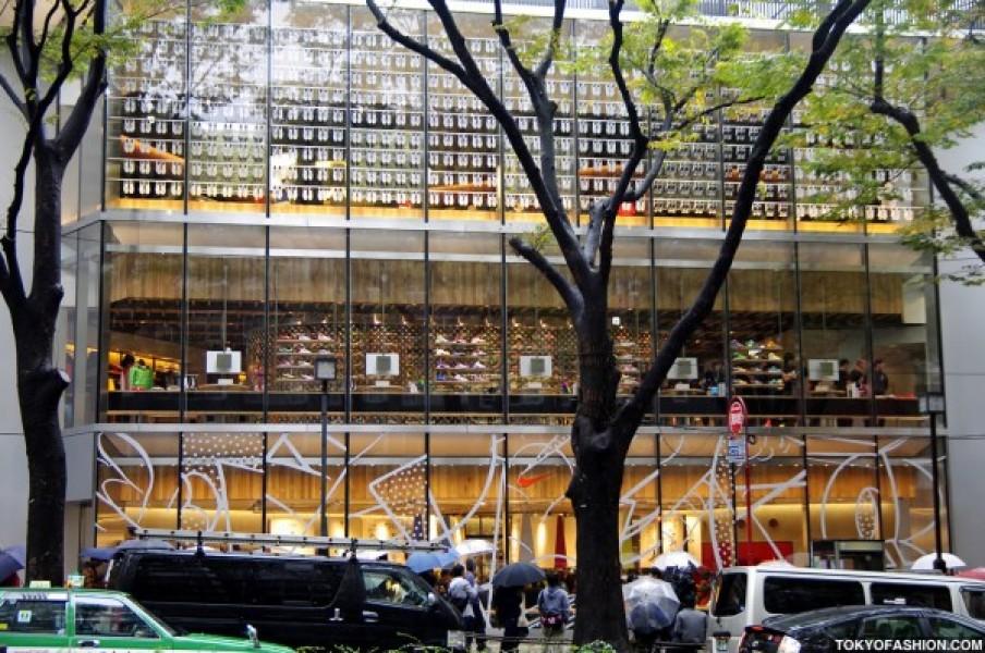 NIKE: nuovo flagship store a Tokyo firmato Wonderwall