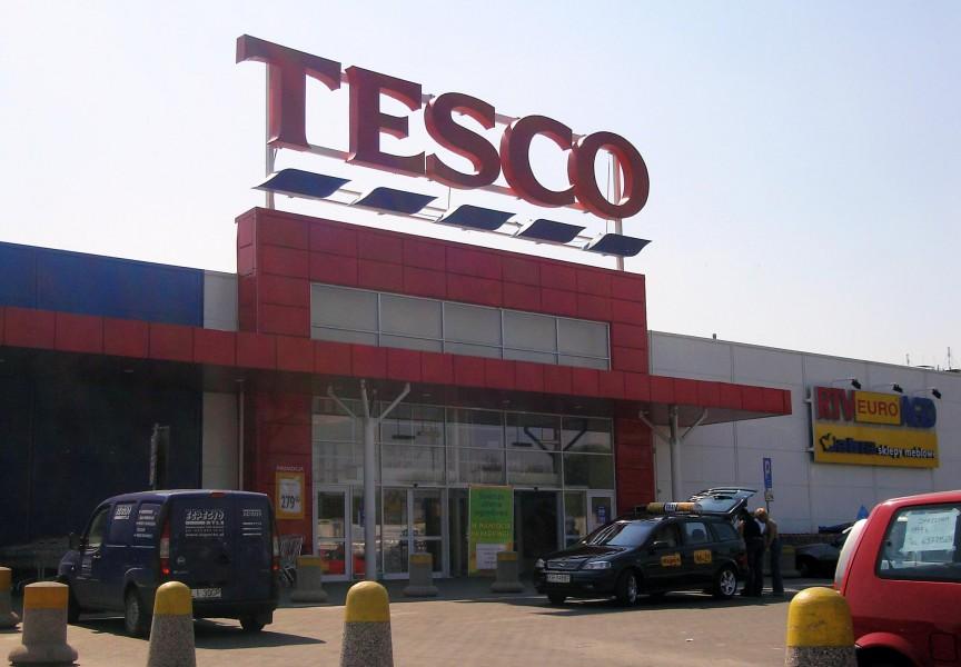 News dal mondo retail: Conad, Carrefour e Tesco
