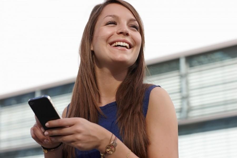 Italia: 20 milioni di smartphone, uno su quattro lo usa per effettuare acquisti sul web