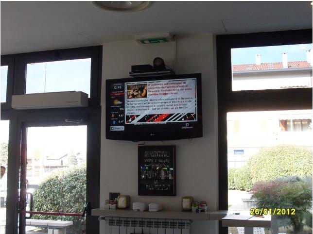 La SolutionBox informa e intrattiene i clienti del Vista Caffé di Correzzana!