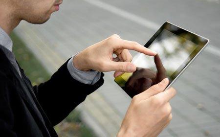 Firenze e Napoli: il wi-fi che cambia la vita delle persone