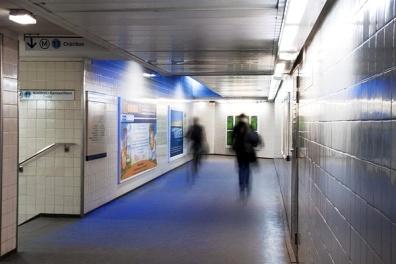 La metropolitana di Milano tappezzata di QR Code: è la nuova campagna pubblicitaria 2.0 di Media World