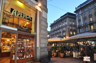 Overplace a Milano: 4 contratti tra Via dei Mercanti e la Galleria Vittorio Emanuele
