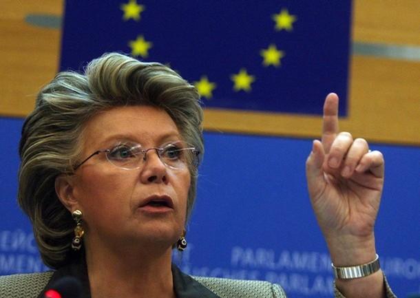 Ue, e-commerce strumento per la cittadinanza europea