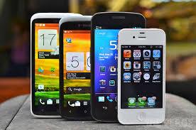 """Cellulari, gli utenti ne sono """"ancora"""" schiavi"""