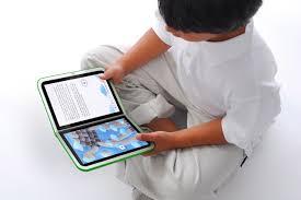 E-book a scuola, rinviata l'obbligatorietà