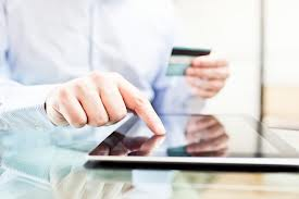 E-commerce comoda abitudine: ecco chi compra online?
