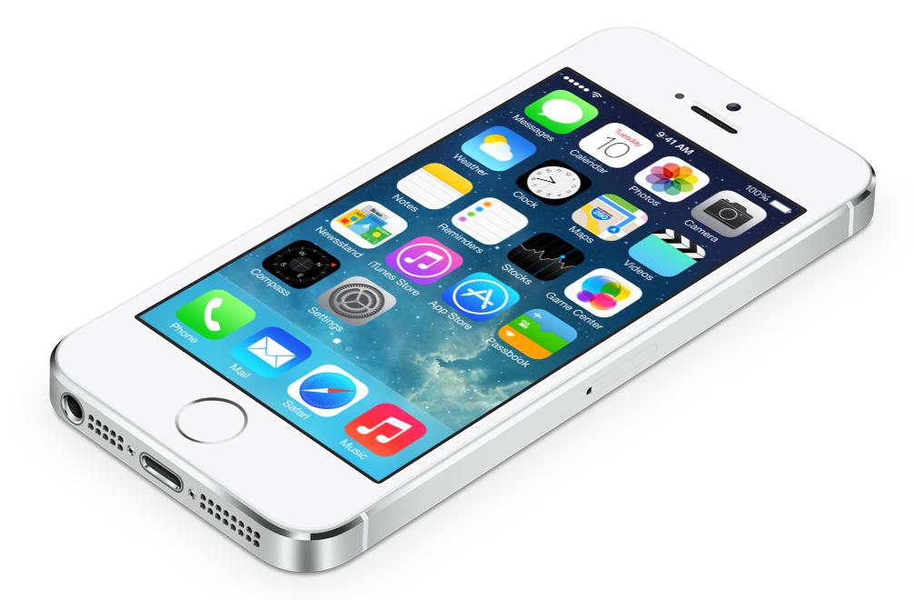 Tutti pazzi per l'iPhone: record di vendite per Apple
